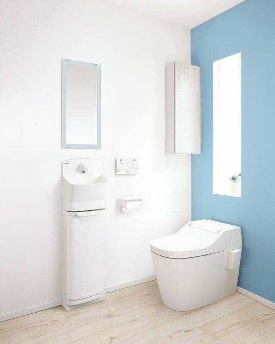 柔らかなフォルムと節水型手洗器が人気の「パナソニック」
