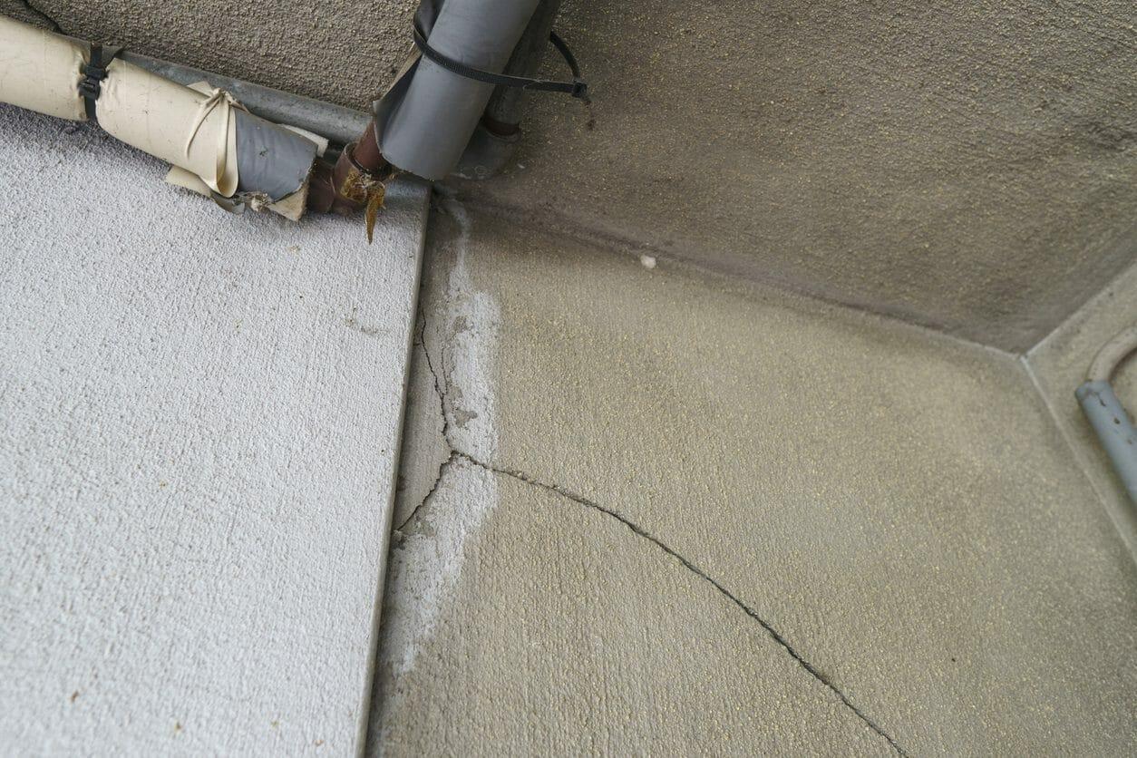 外壁がボロボロに...凍害の原因と対策、その補修リフォームにかかる費用とは?