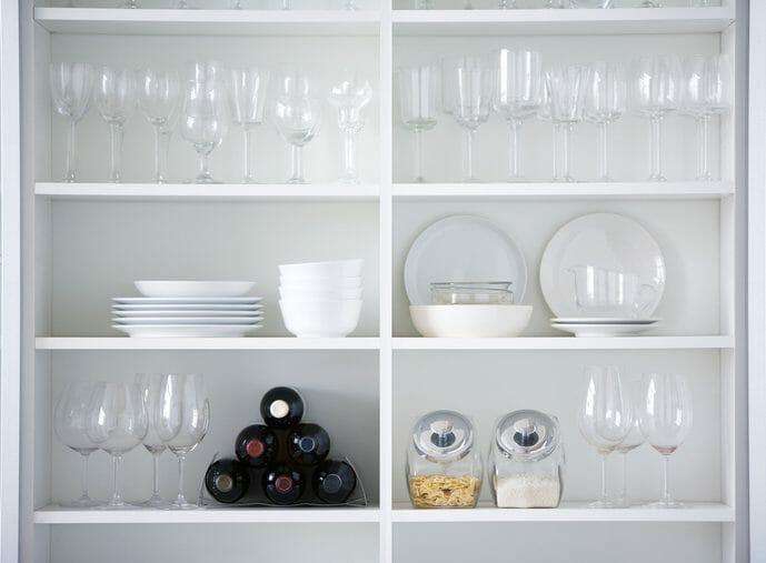 食器棚をリフォームする際のポイントは?費用も解説