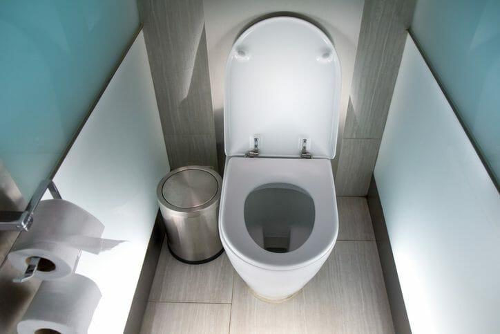 トイレの床が腐食した場合の床の張替え費用は?