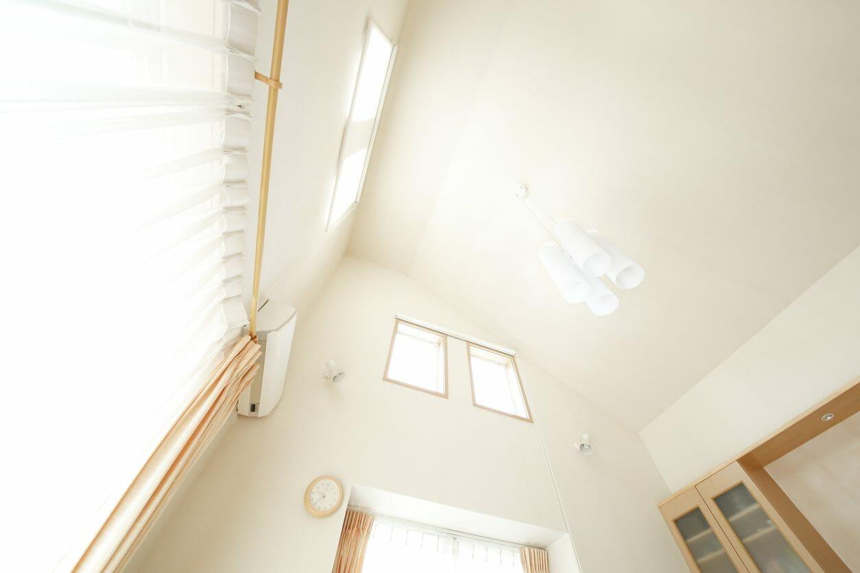 天井を吹き抜けにリフォームする費用は?