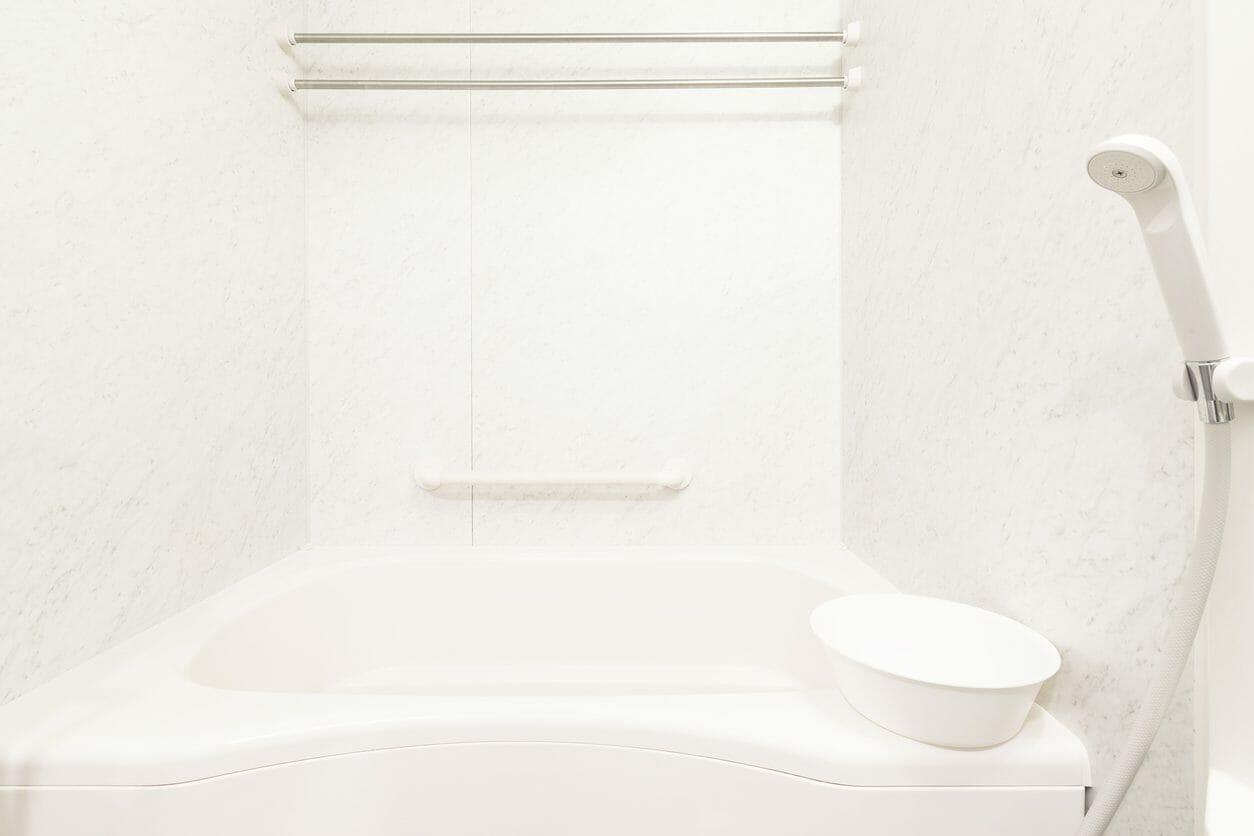 お風呂の浴室の壁パネルの価格や交換・リフォームにかかる費用は?
