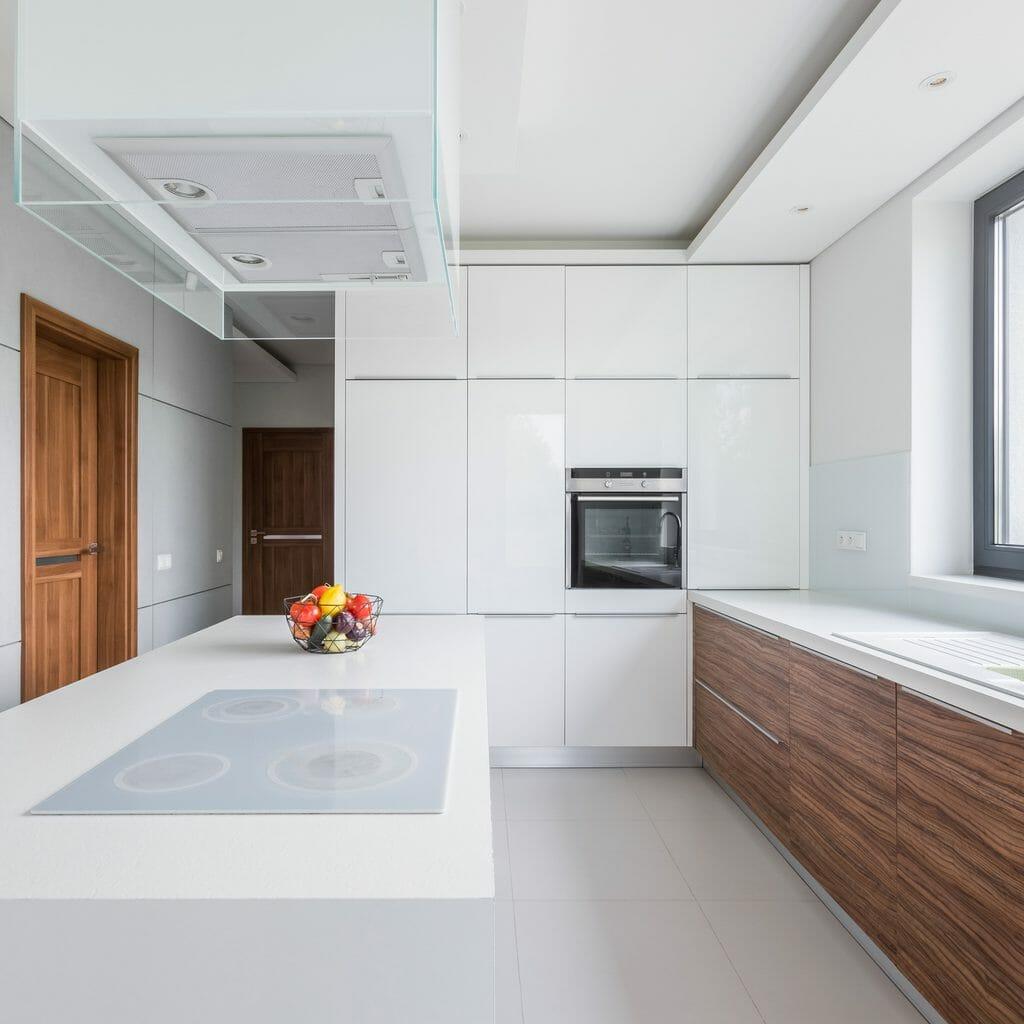 キッチンの増設・増築リフォームにかかる費用は?