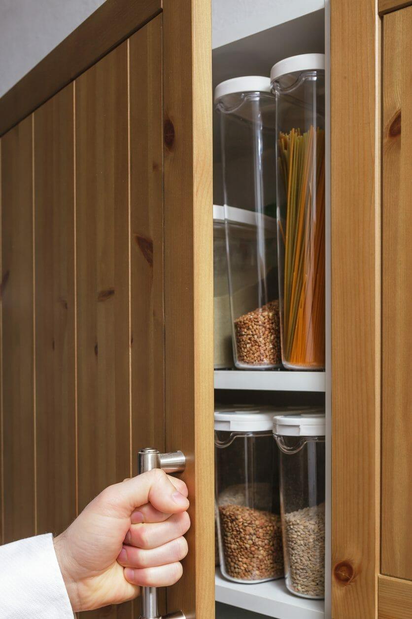 キッチンの扉やドアの交換リフォーム費用・修理価格の相場は?
