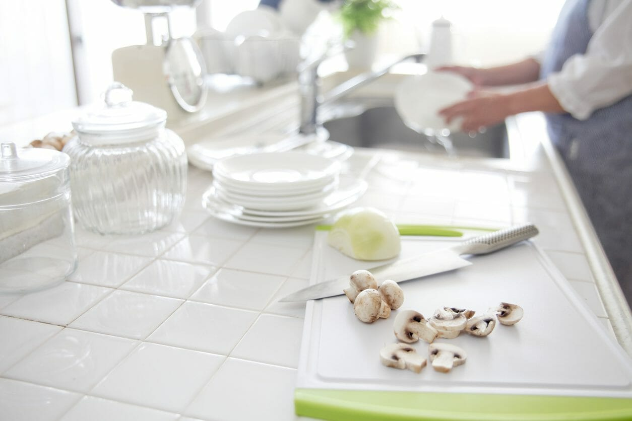 オープンキッチンのメリットとデメリットは?