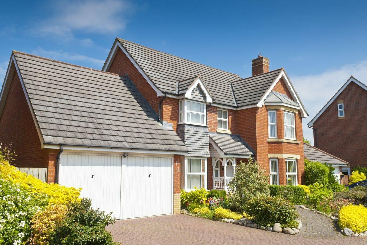 スレート屋根にリフォームする価格や費用の相場は?