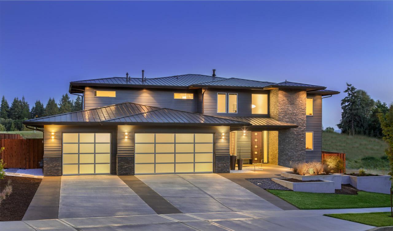 屋根をガルバリウム鋼板にリフォームする価格や費用の相場は?