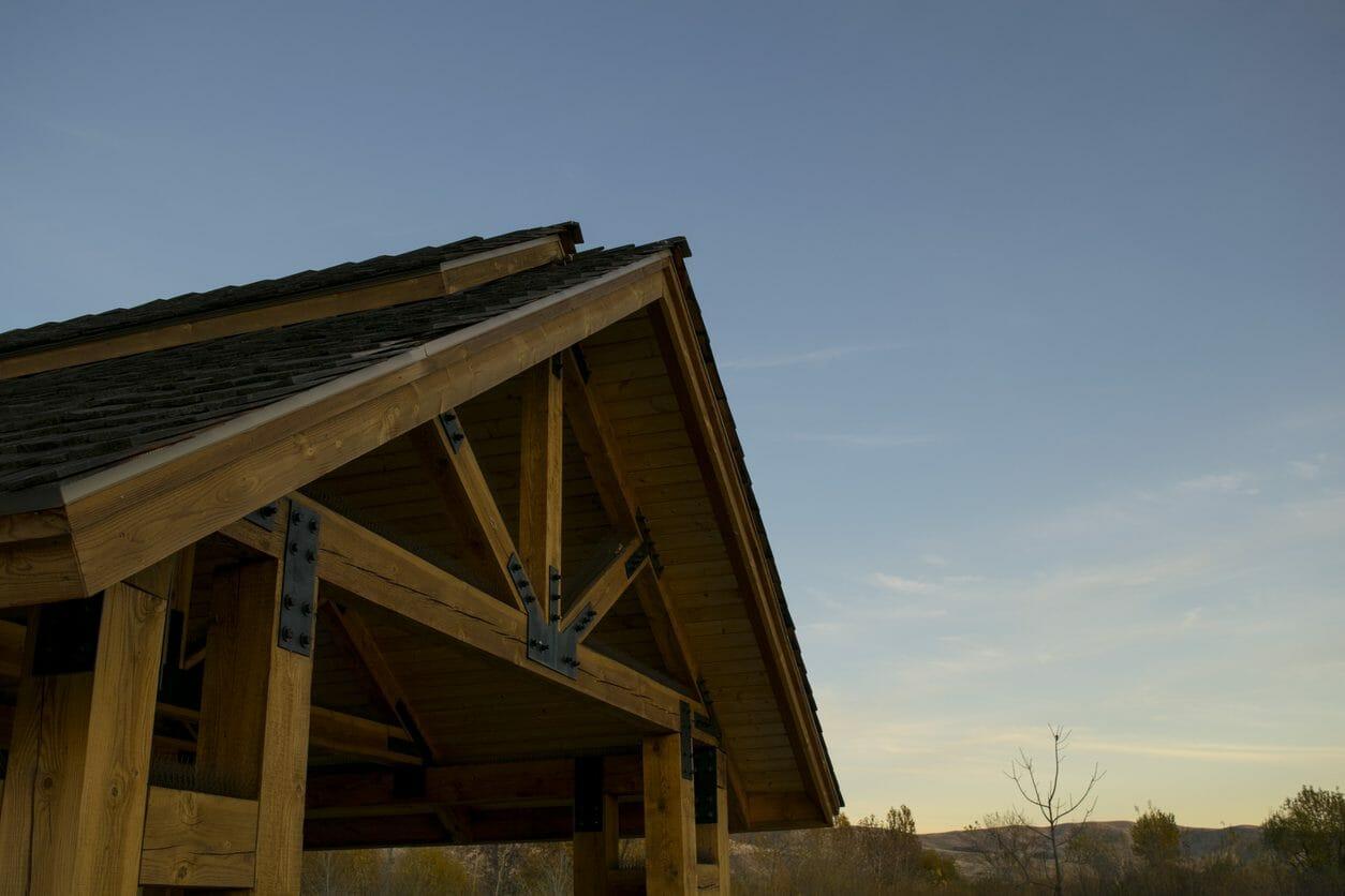 物置や倉庫の屋根を延長する価格・費用の相場は?