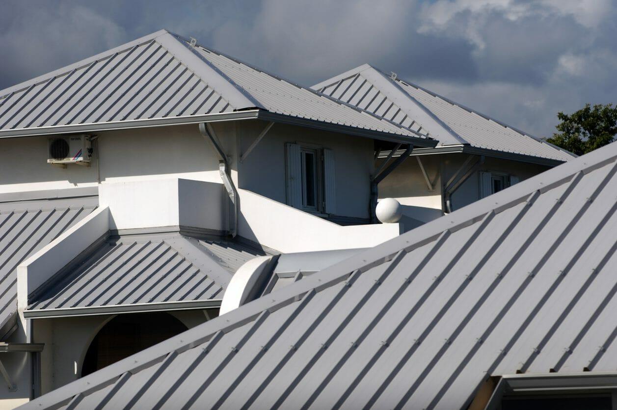 屋根をリフォームして屋上を作る費用は?
