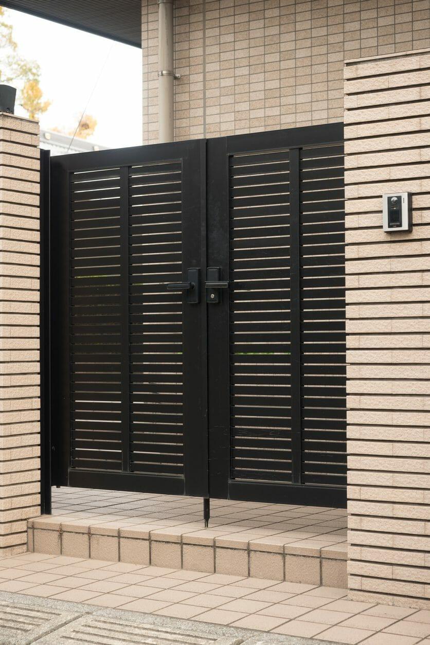 激安・格安で門柱・門扉のリフォーム工事をするには?